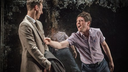 L-R Al Weaver & Mathew Horne - The Pride - Trafalgar Studios - Photo Marc Brenner