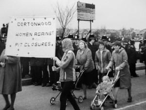 Cortonwood Women Against Pit Closures (© Rhoda Allen)