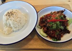 Duck in Tamarind sauce, Vivid Lounge