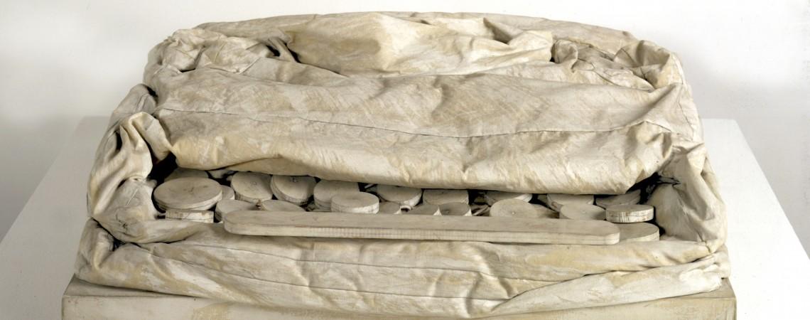 """Claes Oldenburg, Soft Typewriter, """"Ghost"""" – Version 1963"""