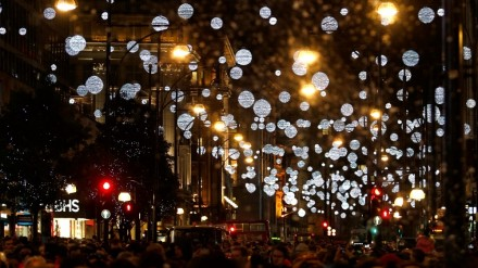 Oxford Street Lights, photo credit: www.ibtimes.co.uk