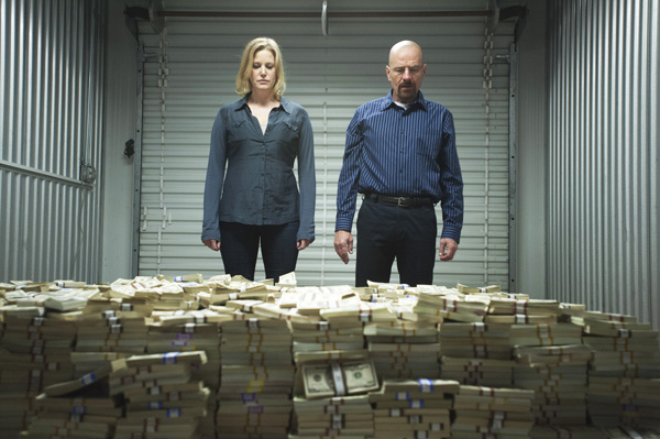 Skyler White (Anna Gunn) and Walter White (Bryan Cranston) - Breaking Bad - Season 5, Episode 8 - Photo Credit: Lewis Jacobs/AMC