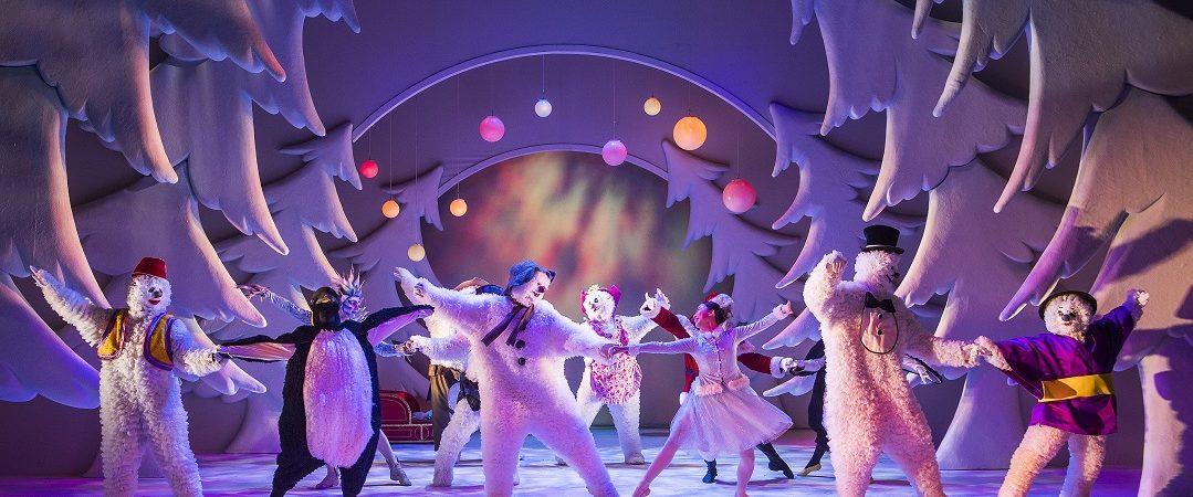 Set-Up shots showing The Snowman @ Birmingham Rep Theatre. (Taken 12-01-17) ©Tristram Kenton 01/17 (3 Raveley Street, LONDON NW5 2HX TEL 0207 267 5550 Mob 07973 617 355)email: tristram@tristramkenton.com