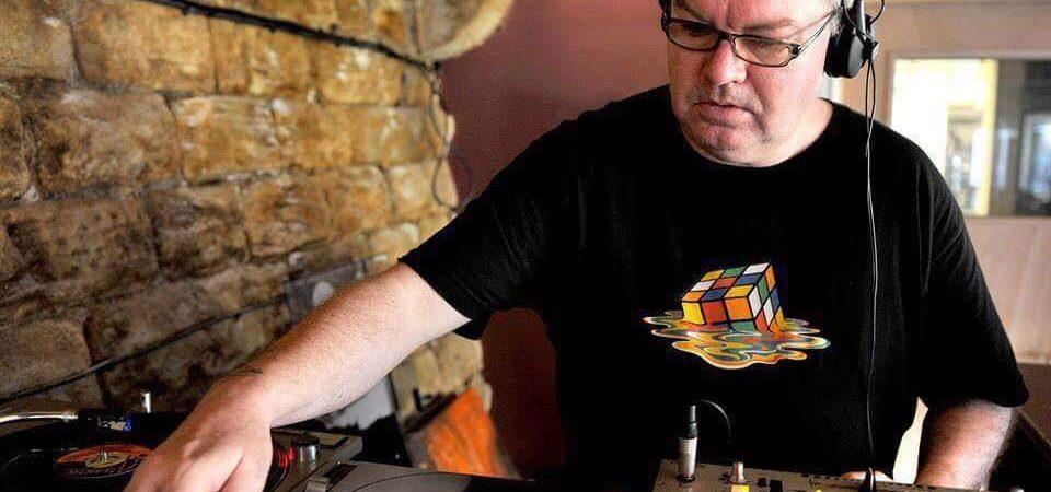 DJ Dave Booth