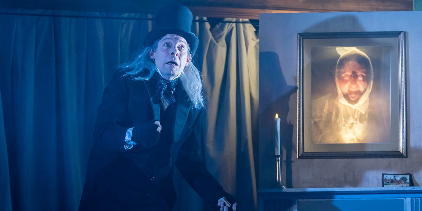Who Wrote A Christmas Carol.Northern Soul Theatre Review A Christmas Carol Playhouse