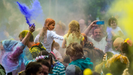 Colour fight at Just So Festival 2021. Credit: Andrew Allcock