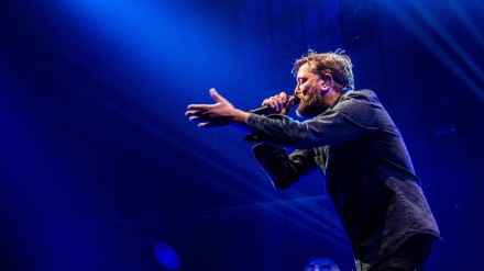 Guy Garvey of Elbow at Phones 4u Arena Manchester