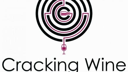 Cracking Wine Logo
