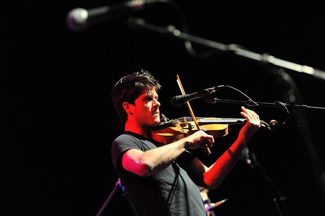 Seth Lakeman playing at The Met. Photo by Photo by James Maddox Maddox