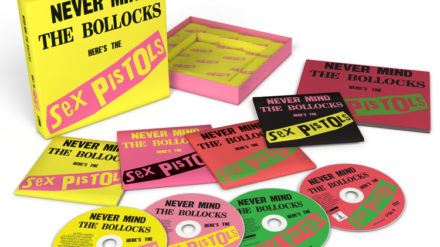 rsz_578_655-0_sex_pistols_nmtb_40th_3d