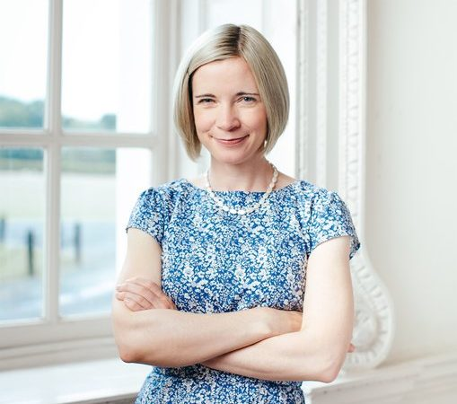rsz_lucy_worsley_photograph_by_sophia_spring