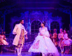 Cinderella, Manchester Opera House, Pic copyright Phil Tragen 30.11.18