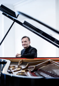 Stephen Hough - 4 (credit Sim Canetty-Clarke)
