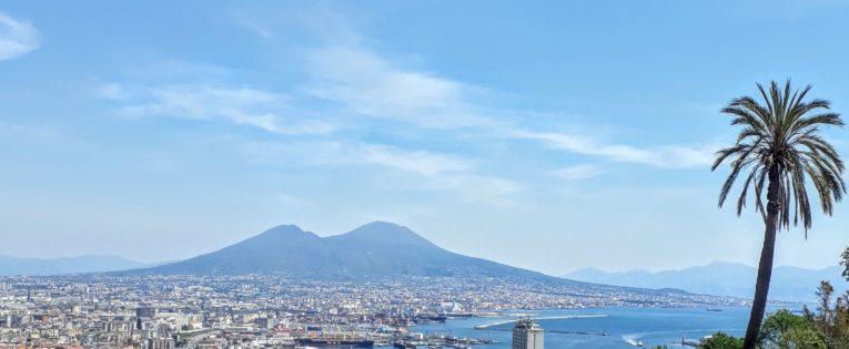 Travel: Vedi Napoli e poi muori (see Naples and then die)